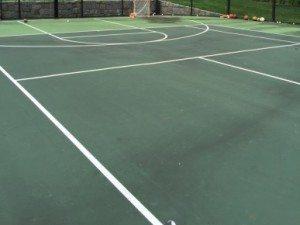 dirty tennis court powerwash1 e1456427382909
